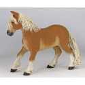 FIGURINE PAPO Cheval de trait